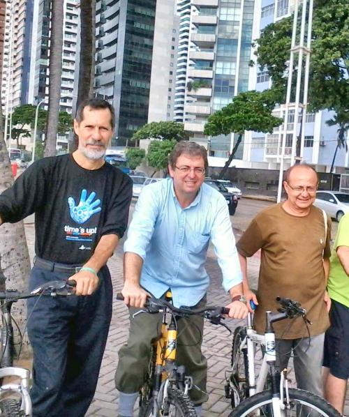 bicicletada na av boa viagem